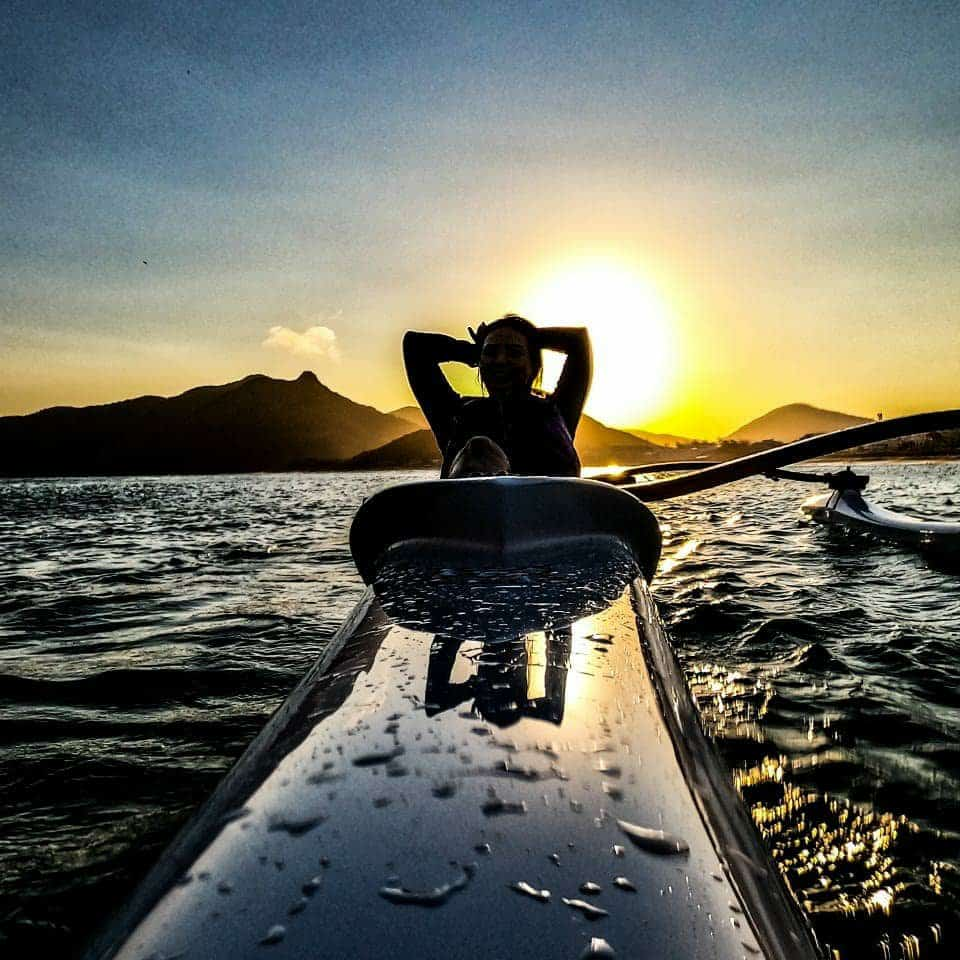 Passeio de Canoa Havaiana Polinésia Pôr do Sol