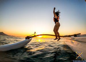 Passeio de Canoa Havaiana nas águas de Angra dos Reis