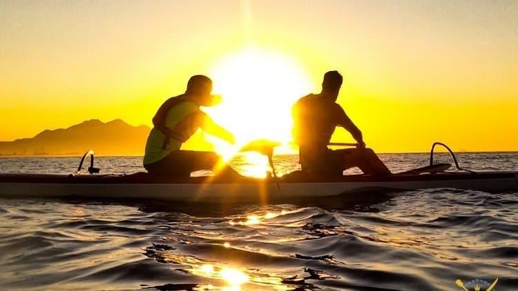 Passeio Turístico de Canoa Havaiana Nascer do Sol Praias Paradisíacas