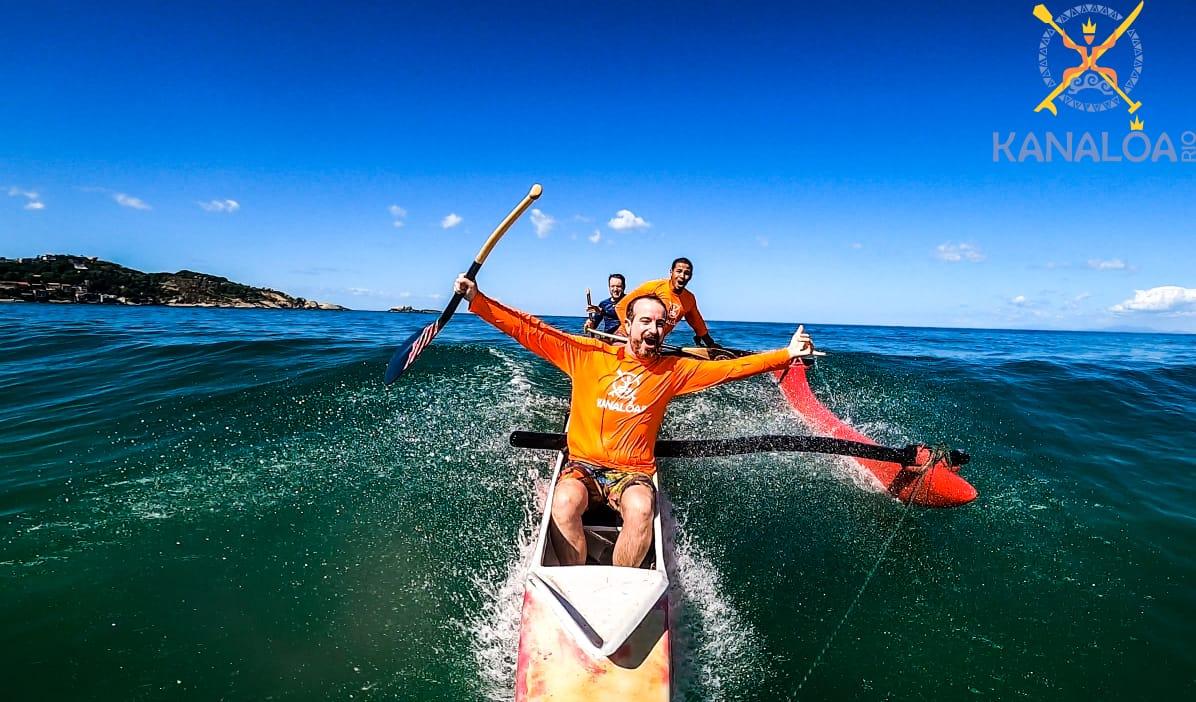 surf canoa havaiana