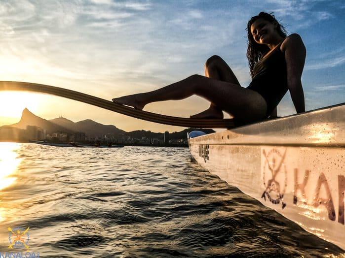 Os principais pontos turísticos do Rio de Janeiro para visitar de canoa havaiana