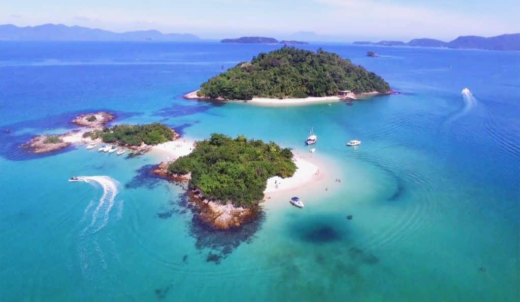 Tour em Angra dos Reis por Ilhas e Praias Paradisíacas