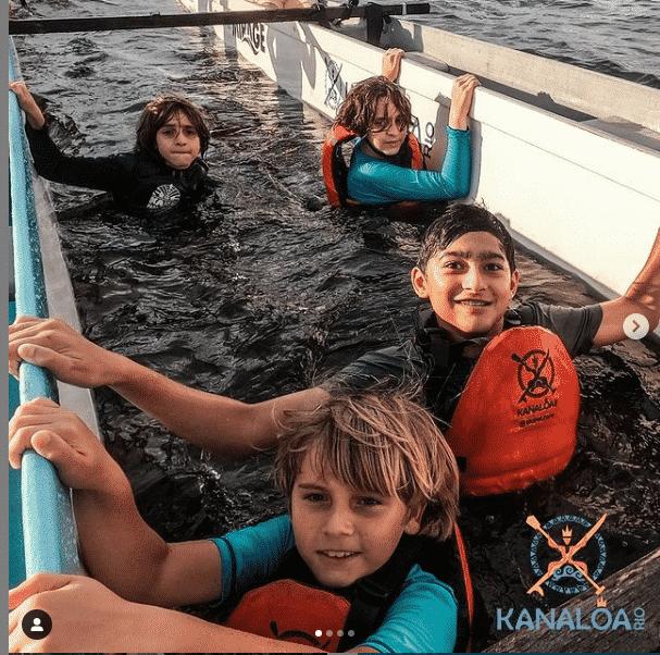 Aula de Canoa Havaiana para crianças
